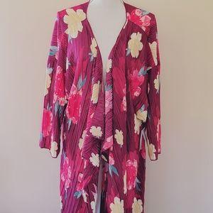 Lularoe satin crinkle kimono size large